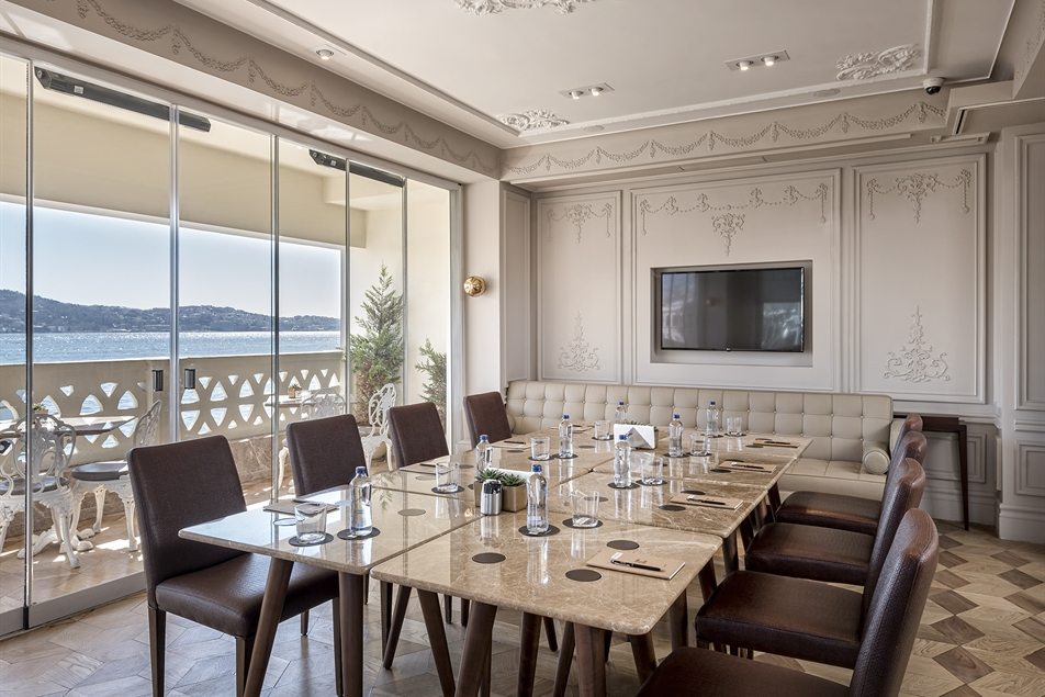 Bosphorus Meeting Room